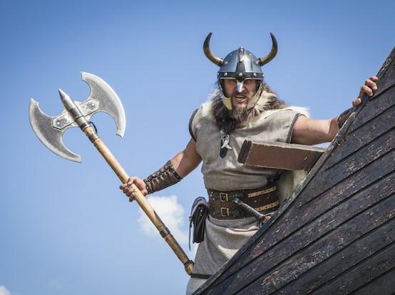 Norsemen Raiders Take Children